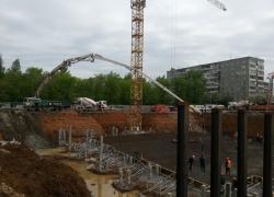 Заливка бетона автобетононасосом